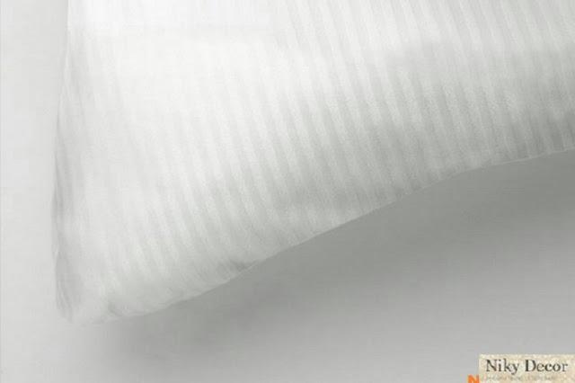 Lenjerii de pat horeca albe - Lenjerie pat damasc satinat in dungi