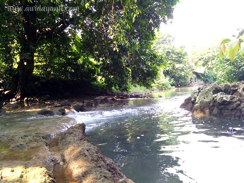 Sungai Meuju Pantai Pangi