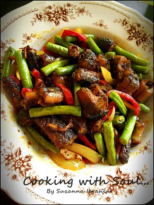 Cooking With Soul Belut Goreng Kunyit