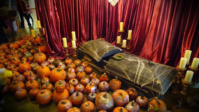 pumpkin casket