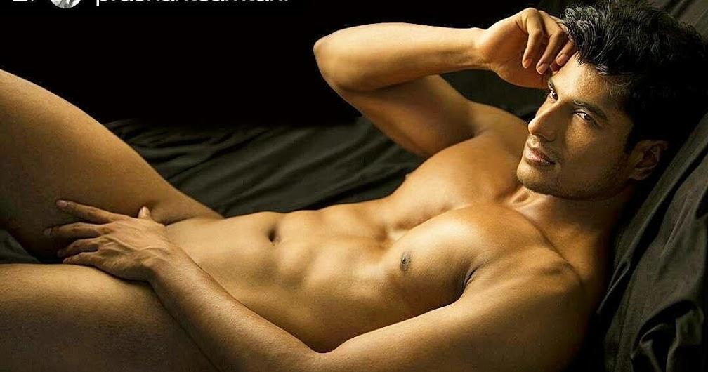 Male hotties nude