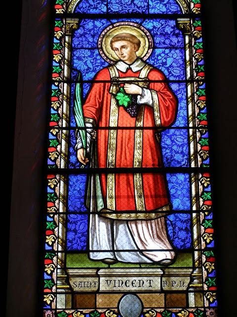 Saint Vincent, église de Dardilly © Défrade KT42