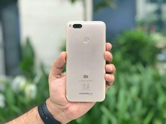 Mi-a1-phone