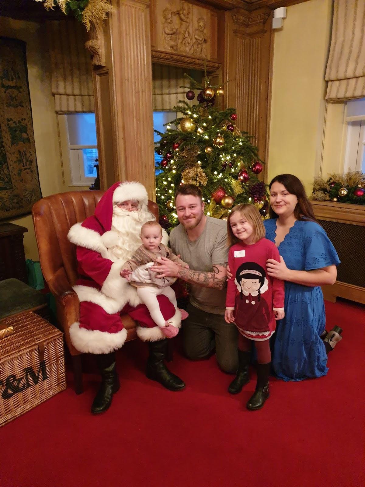 fortnum & mason santa family picture
