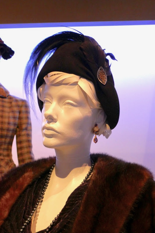 Judi Dench Murder on Orient Express Princess Dragomiroff hat