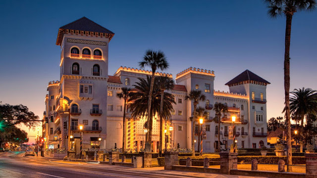 Casa Monica Resort & Spa, Autograph Collection, welcomes hotel guests with boutique accommodations and a perfect location in downtown St. Augustine.