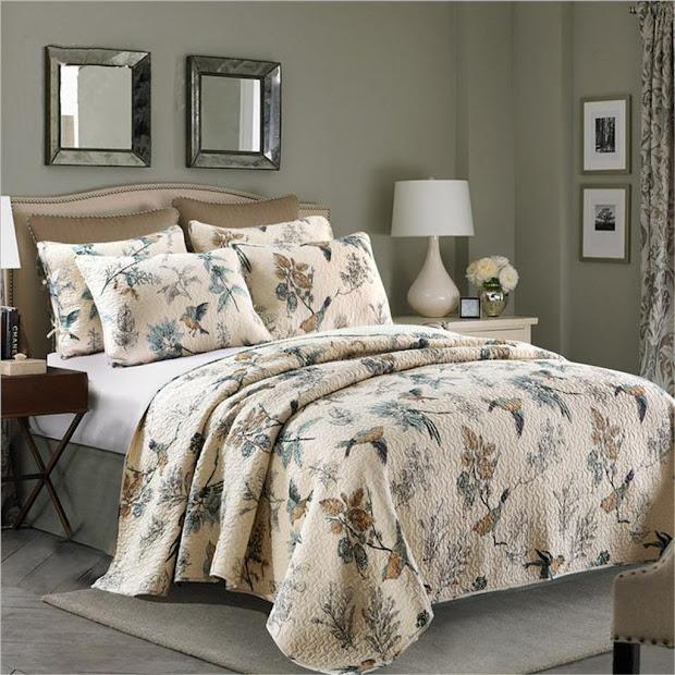 Bedding With Birds
