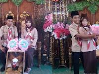 Pakai Seragam Pramuka, Pernikahan Pasangan Asal Palembang Viral