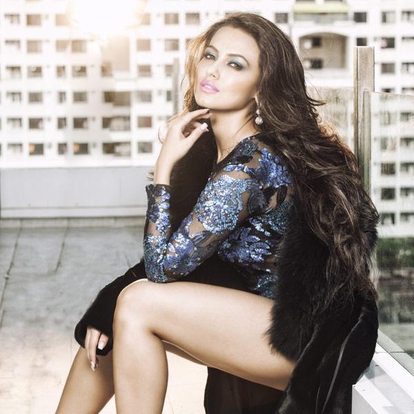 Sana Khan Latest Hot pictures