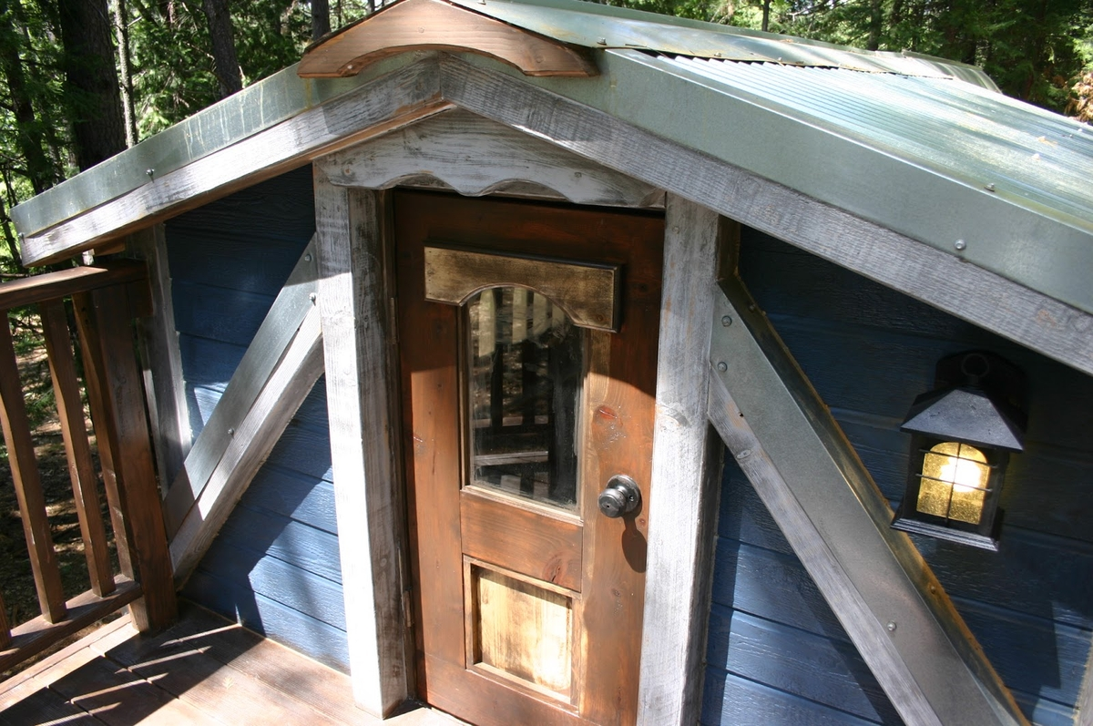 15-Molecule-Tiny-Homes-Architecture-with-a-Tiny-Home-1904-Style-www-designstack-co