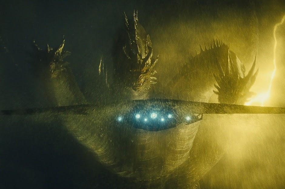"""Titãs colidem em novas imagens de """"Godzilla: Rei dos Monstros"""""""