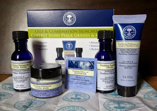 Neal's Yard Remedies Oily & Combination Skincare Discovery Kit