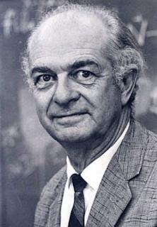 Linus Pauling Kimdir?