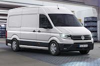 Volkswagen Crafter Panel Van (2017) Front Side