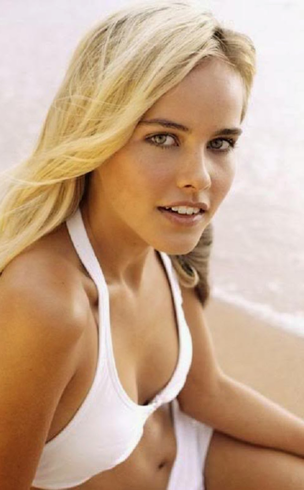 ISABEL LUCAS ACTRESS MODEL CLOSE UP PHOTO