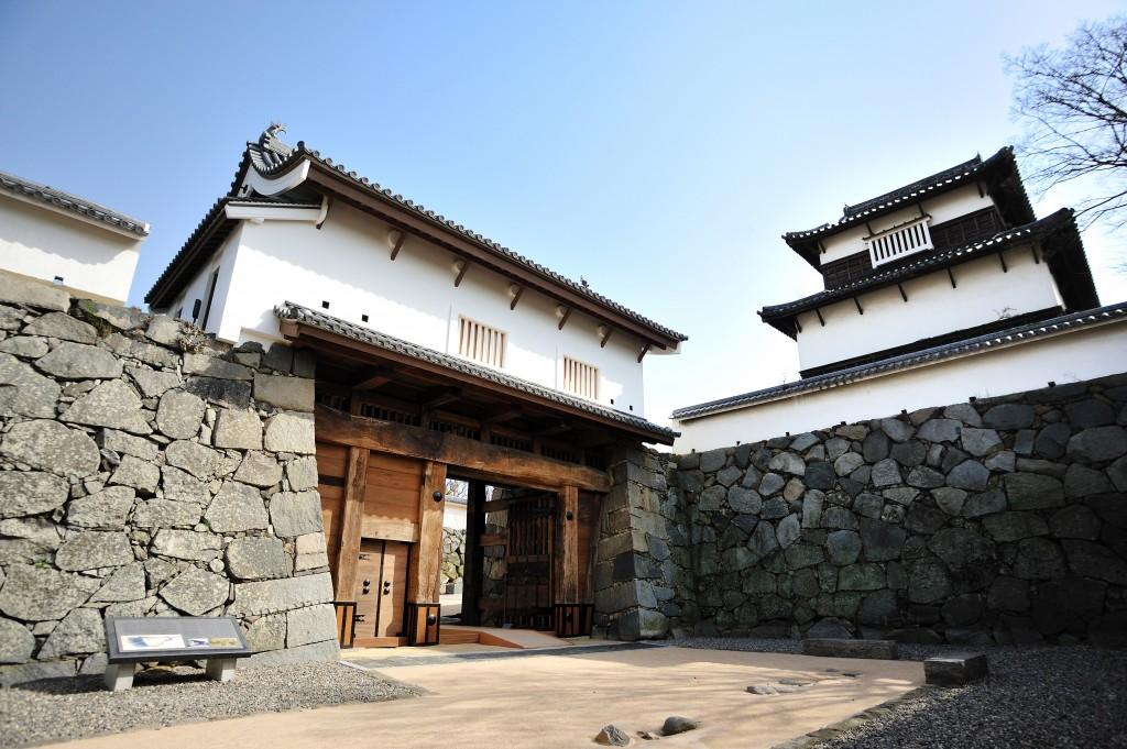 福岡-景點-推薦-福岡城跡-福岡好玩景點-福岡必玩景點-福岡必去景點-福岡自由行景點-攻略-市區-郊區-福岡觀光景點-福岡旅遊景點-福岡旅行-福岡行程-Fukuoka-Tourist-Attraction