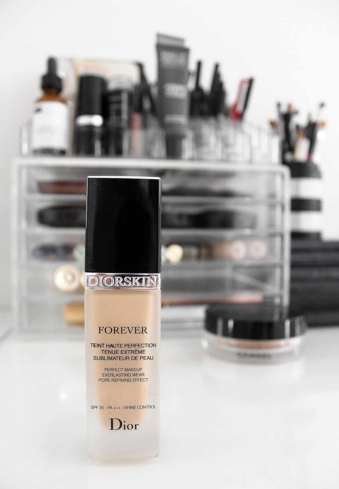Diorskin Forever Skin-Perfecting Foundation Review - A New Base Favourite?