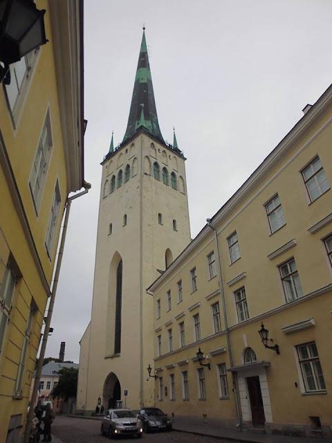 Iglesia de San Olav (Oleviste Kirik) (Tallinn) (@mibaulviajero)