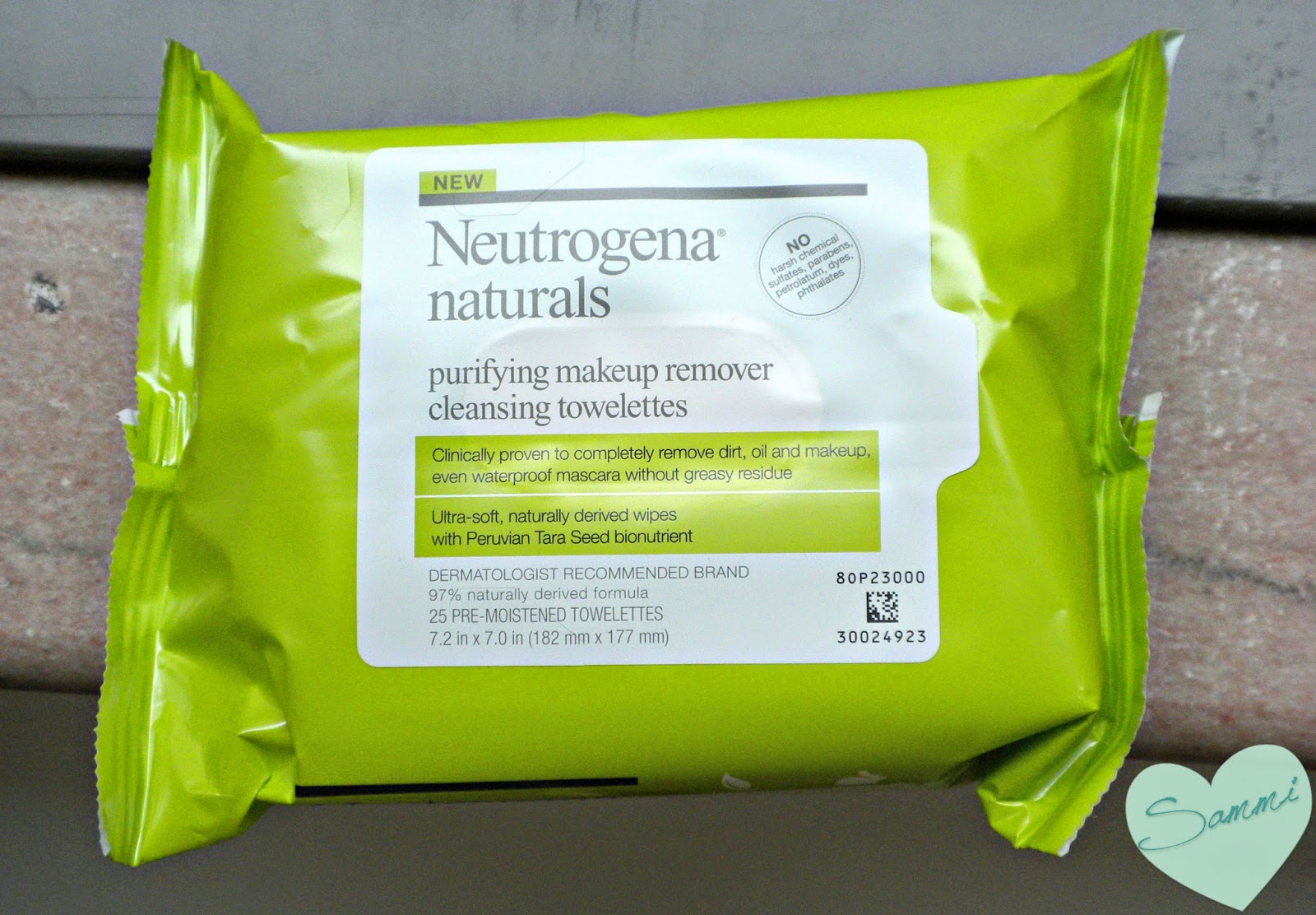 NEUTROGENA Naturals Purifying Makeup Remover Cleansing Wipes ($7 for 25 wipes)