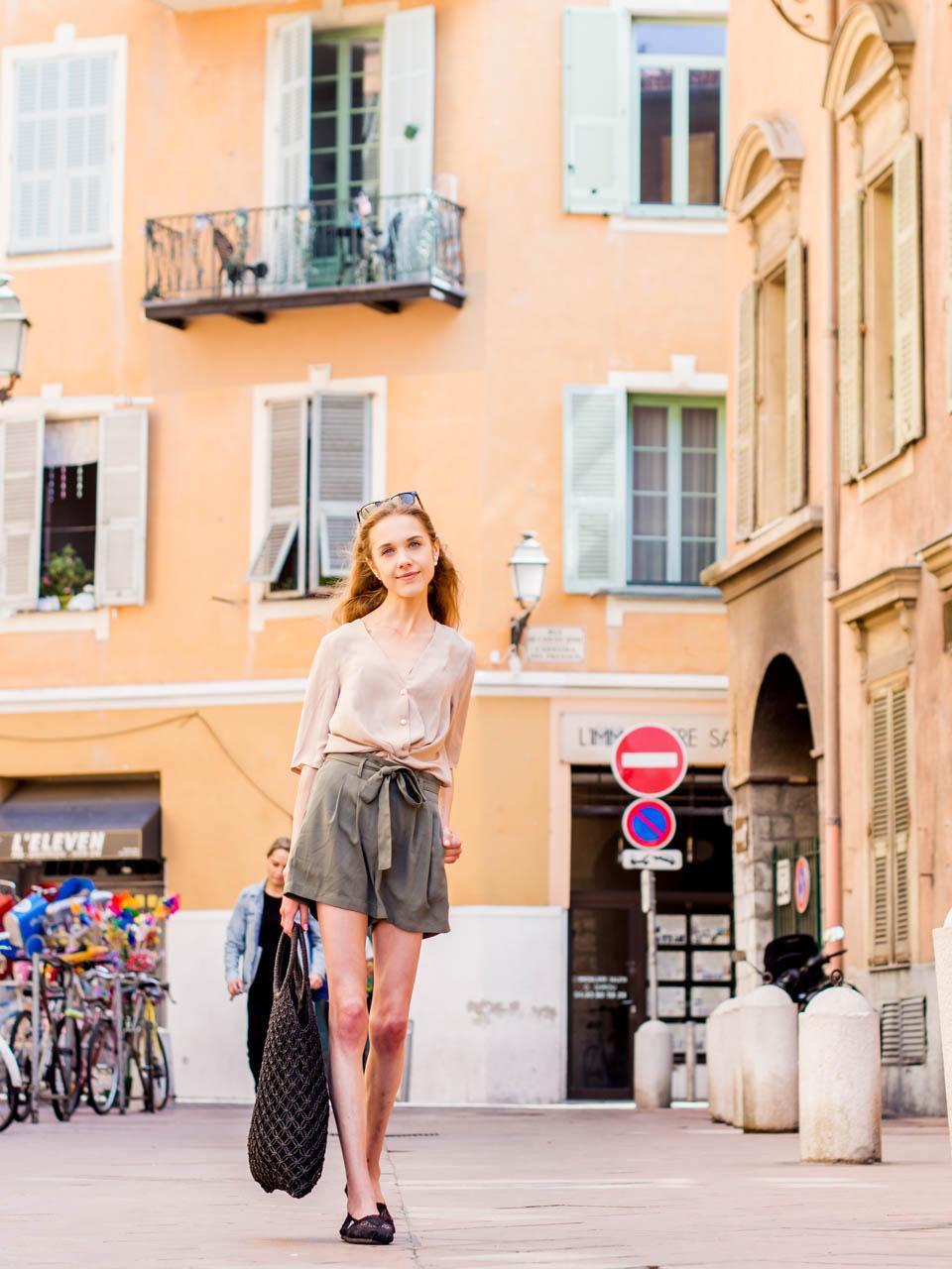 loneliness-experiences-in-university-and-summer-outfit-inspiration-yksinäisyys-kokemuksia-yliopisto-kesäasu-nizza-ranska