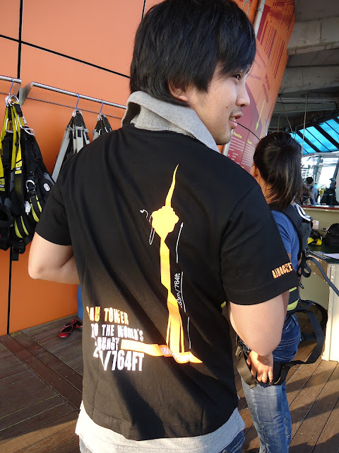 T-Shirt included of the Bungy Jump package in Macau