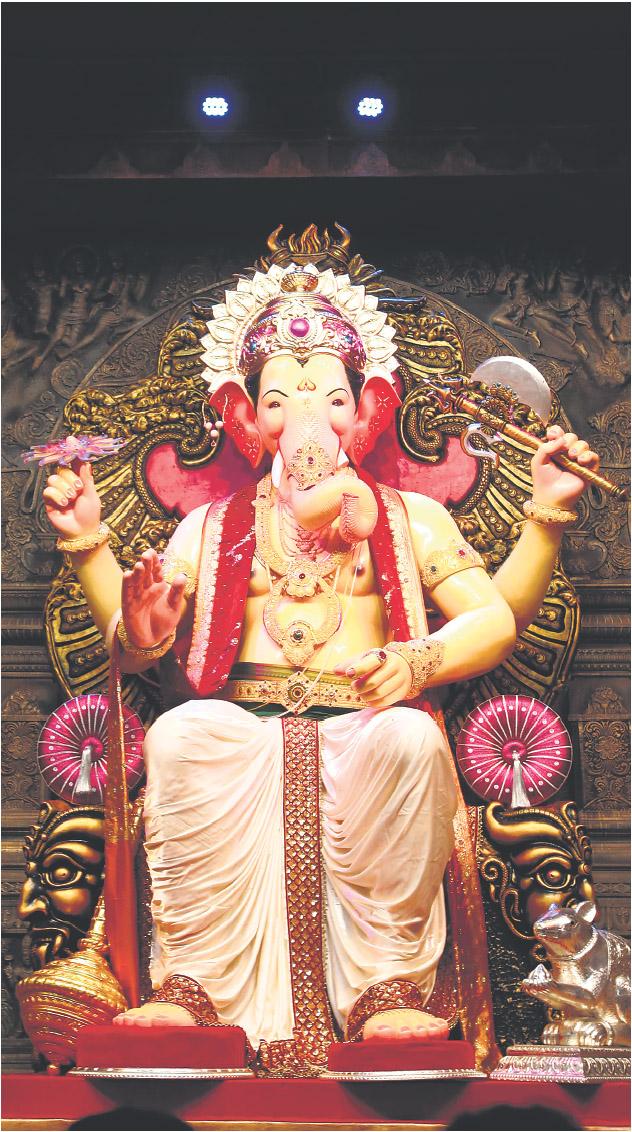 God photos god shri ganesha latest exclusive images - Shri ganesh hd photo ...