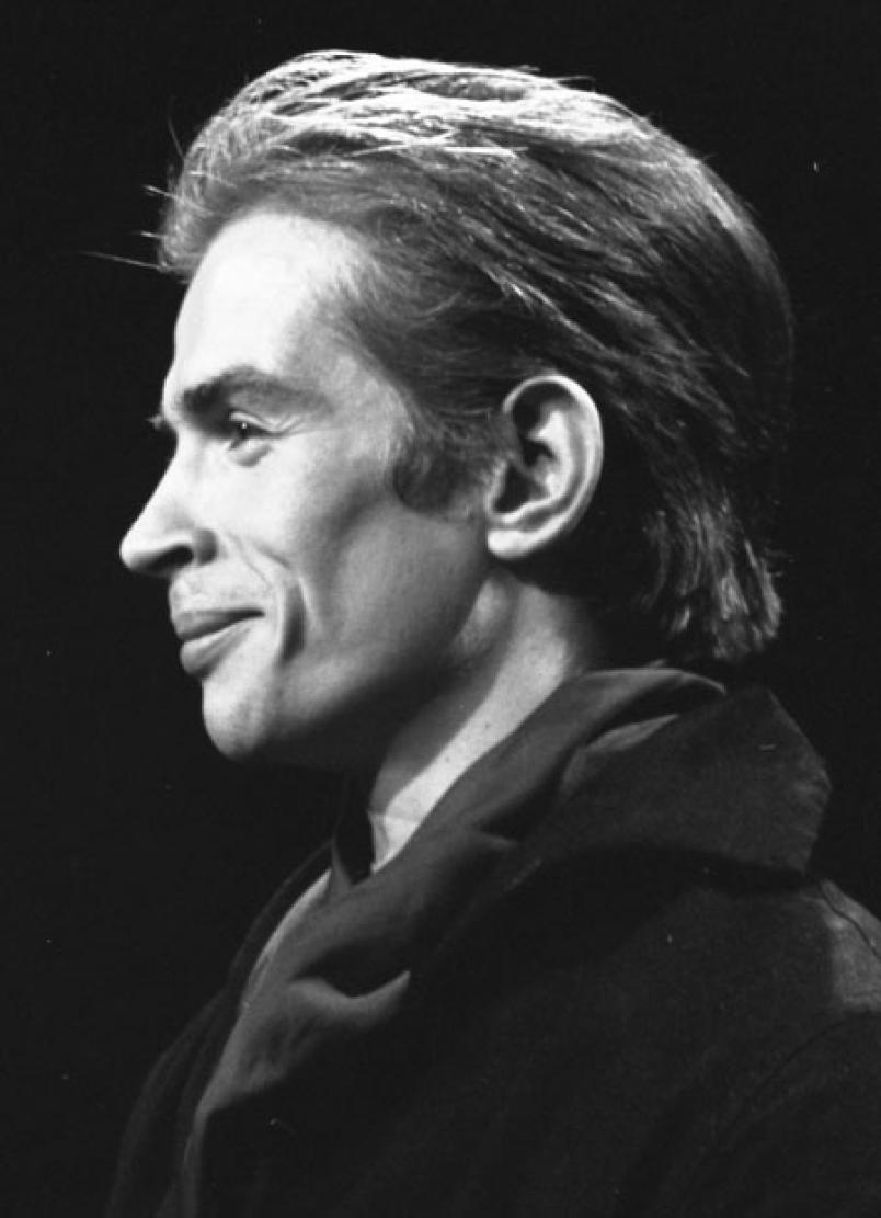 Arrogant, yet so beautiful: Rudolph Nureyev.   Danseurs