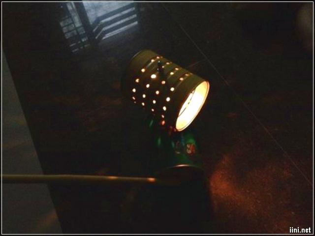 Xe lon lồng đèn