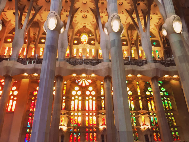 Barcelona in 3 days - Barcelona travel guide - Sagrada Familia stained Glass - Gaudi