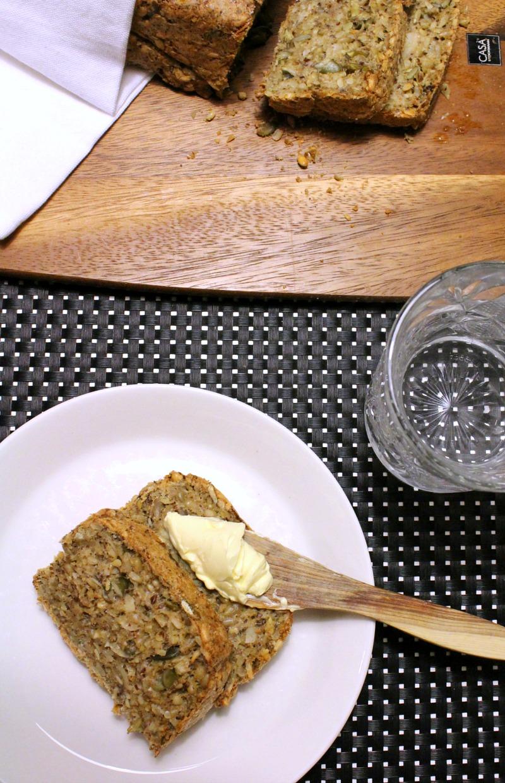 gluteeniton, laktoositon, hiivaton leipä resepti