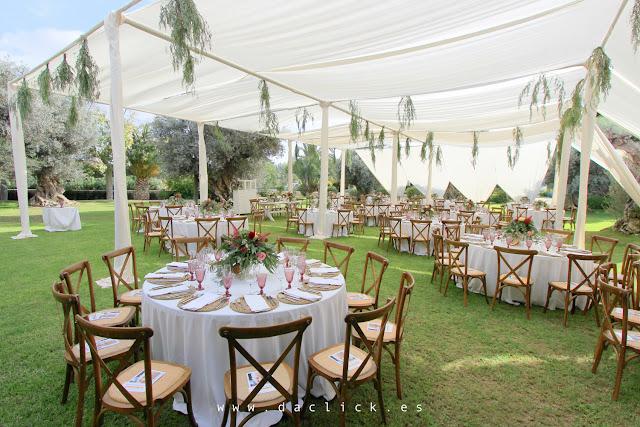 mesas sillas carpa banquete