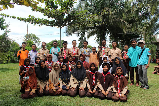Peringati Hari Pramuka SMP Juara Pekanbaru Laksanakan Kemah Penggalang