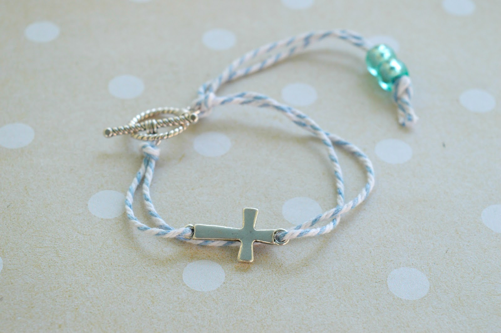 Now instead of a bracelet or as an option for men you can also make a  keychain! Here s an idea for a boy s baptism   923e6e9c548