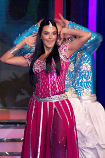 Malaika, Neha and Sameera Dance Performance at CREDAI Awards