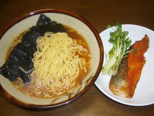 【サンヨー食品】サッポロ一番 中華そば