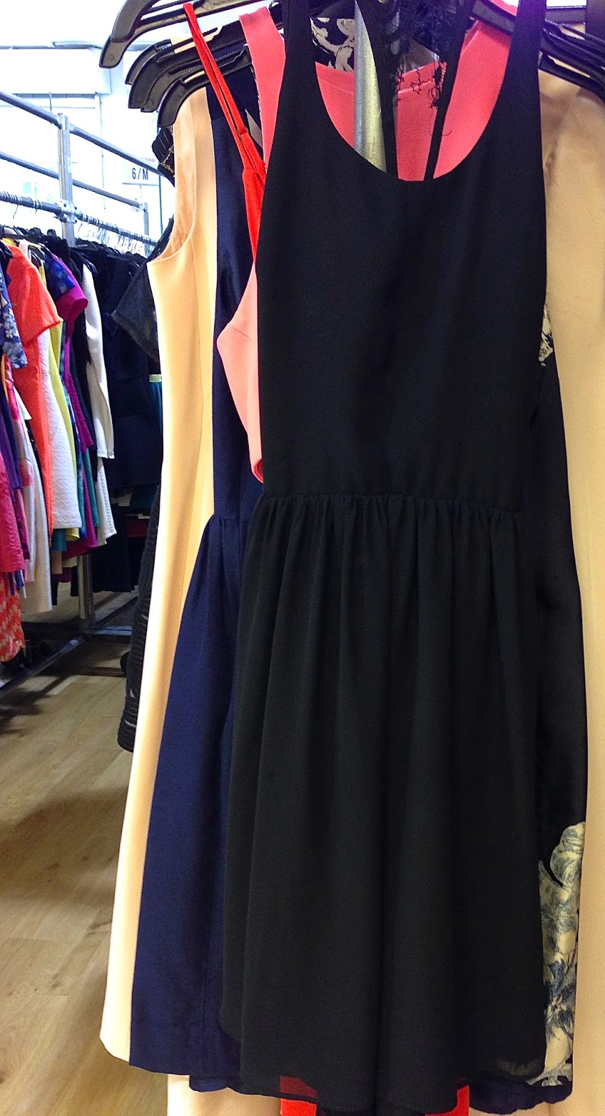 fashionably petite: Rent the Runway Sample Sale