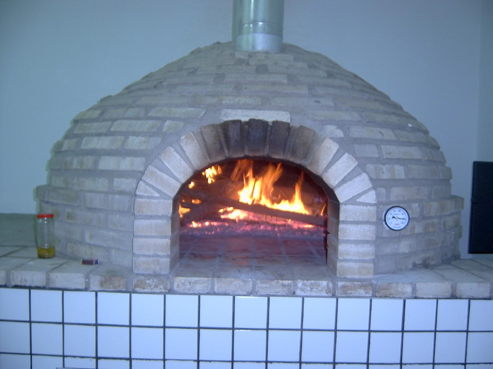 Forno a lenha para pizzaria profissional for Temperatura forno pizza