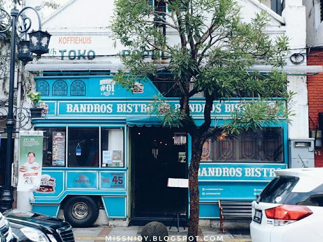 cafe lucu di jalan braga