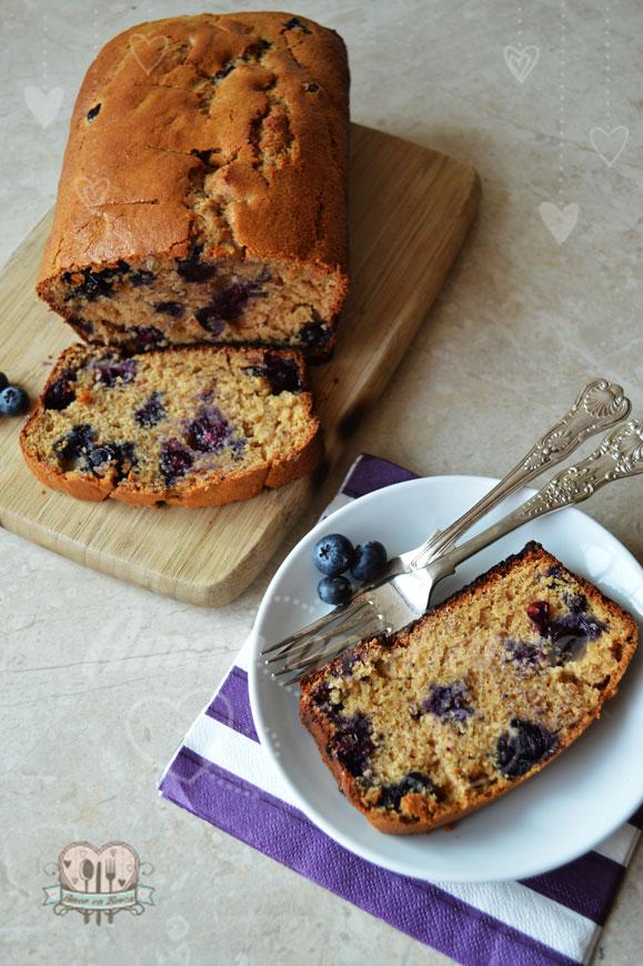 panqué de blueberries sin gluten y sin azúcar refinada