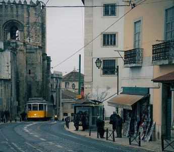 Tranvía 28 - Barrio de la Alfama