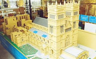 Mainan Lego Unik Berbentuk Katedral Durham