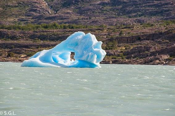Trozo de glaciar en Calafate