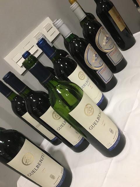 Algunas de las botellas de la cata histórica.