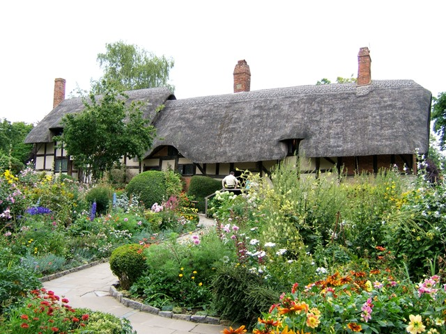 How To Plant A Shakespeare Garden | A Shakespeare Garden