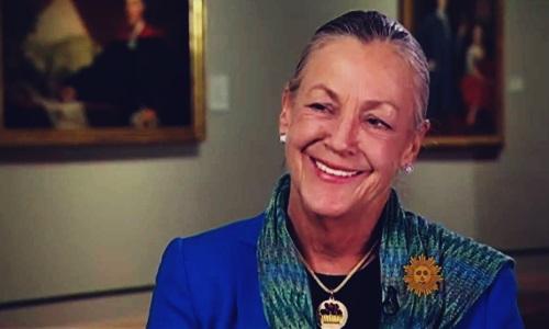yaitu seorang miliarder sekaligus putri dari satu satunya mahir waris perusahaan ritel te Biodata Alice Walton Pewaris Walmart, Wanita Paling Kaya di Dunia
