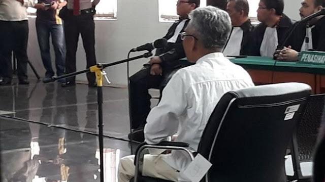Buni Yani Dihukum Penjara 1,5 Tahun Tapi Masih Bebas