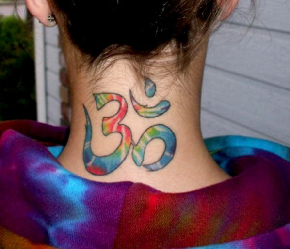 Tatuagens no Pescoco