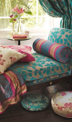 http://s-fashion-avenue.blogspot.it/2016/09/still-life-ethnic-home-decor.html