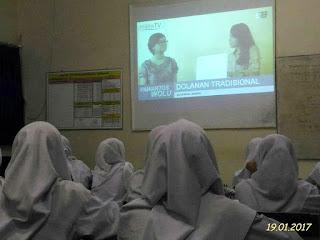 Proses KBM Bahasa Jawa, Nyemak Pawartos