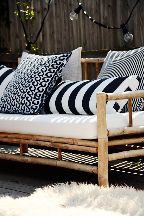 terraza, porche, jardín en blanco y negro